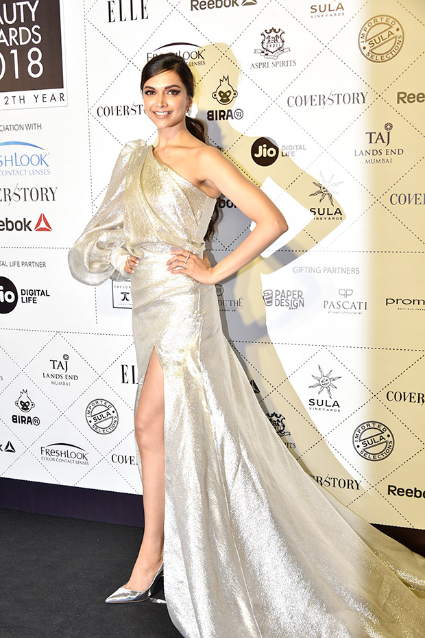 Deepika Padukone in Gauri & Nainika for Elle Beauty Awards 2018 (7)