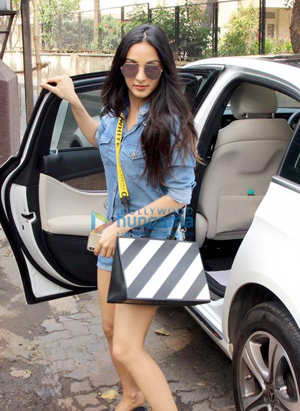 Kiara Advani spotted at Shankar Mahadevan's dubbing studio