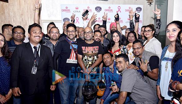 Neha Bhasin graces the Harley Davidson Bike Rally and screening of 'Badhaai Ho' hosts by Carnival Cinemas (1)
