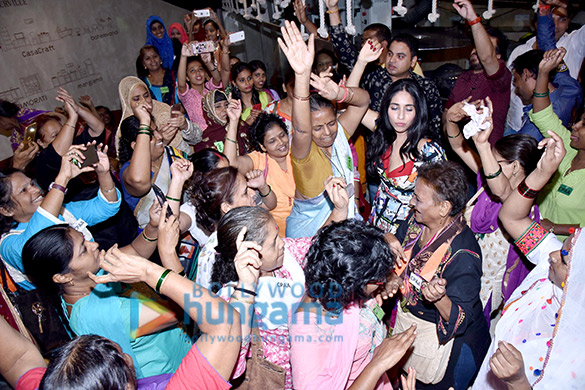 Neha Bhasin graces the Harley Davidson Bike Rally and screening of 'Badhaai Ho' hosts by Carnival Cinemas (5)