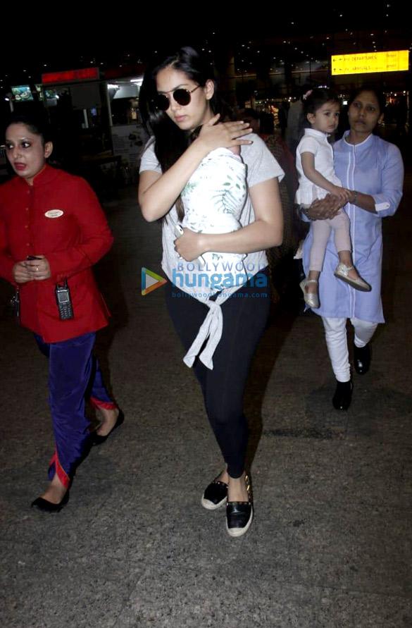 Richa Chadda, Sandeepa Dhar and others snapped at the airport