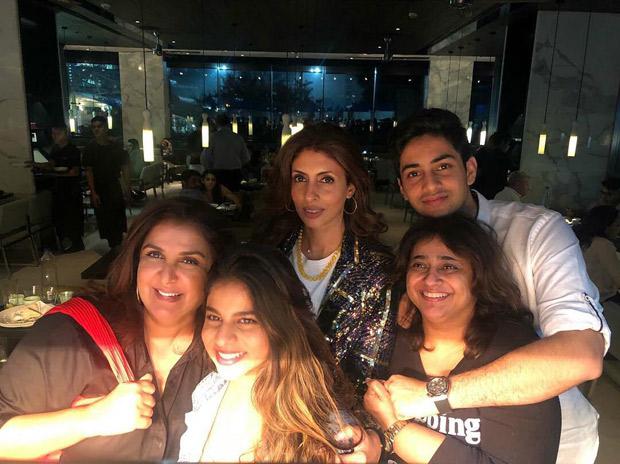 Suhana Khans hangout with super dapper Agastya Nanda, Shweta Bachchan Nanda and Farah Khan