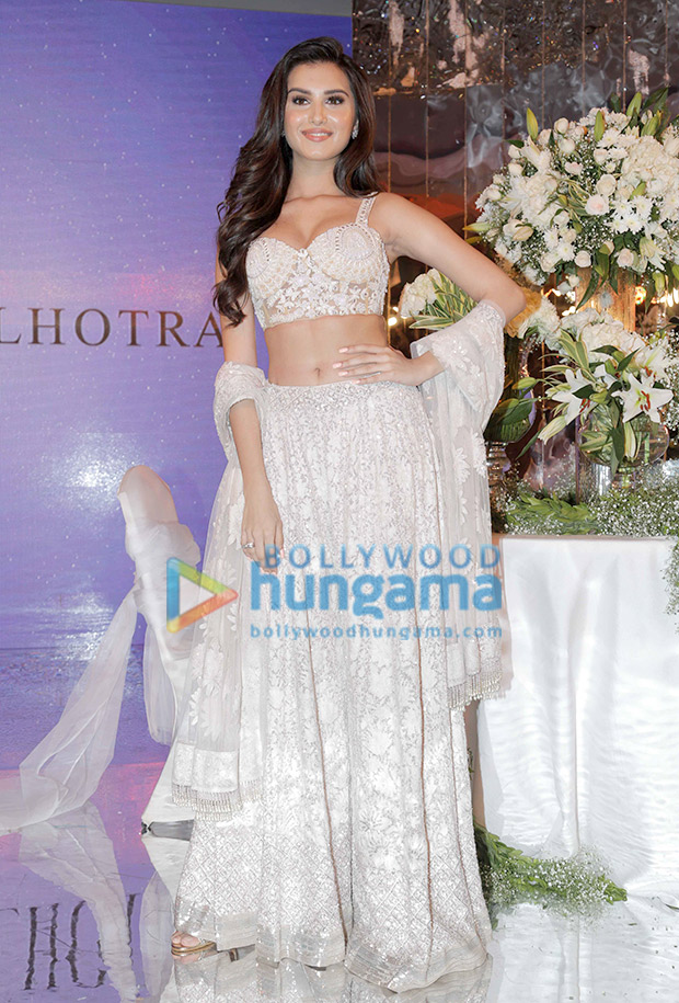Tara Sutaria in Manish Malhotra for the Festive Junction Show (4)