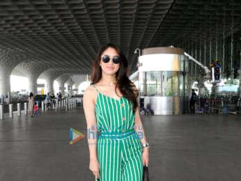 Vaani Kapoor, Aahana Kumra and Gauahar Khan snapped at the airport