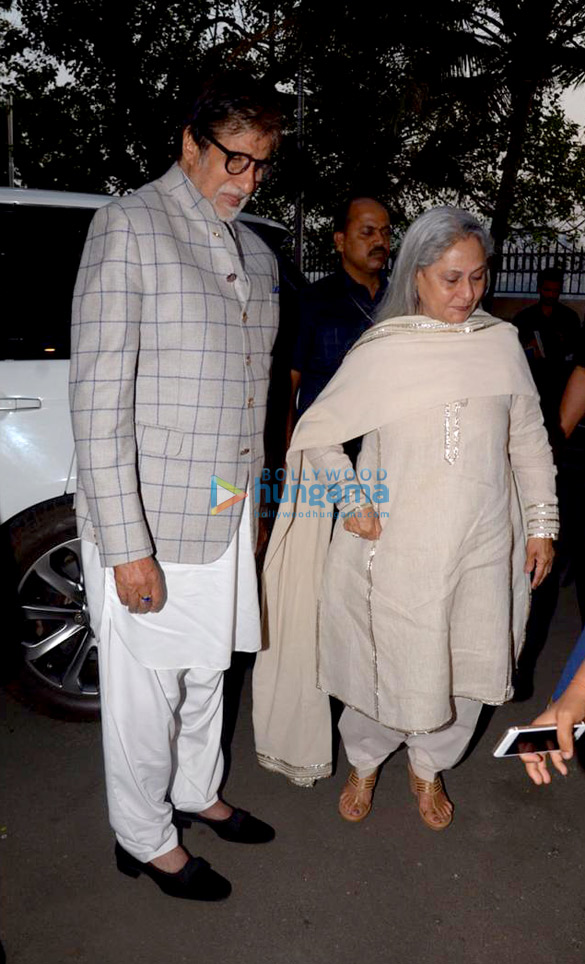 Amitabh Bachchan and Jaya Bachchan snapped at the launch of Siddharth Shanghvi's new book 'The Rabbit & The Squirrel' at 9th edition of Tata Literature Live (2)
