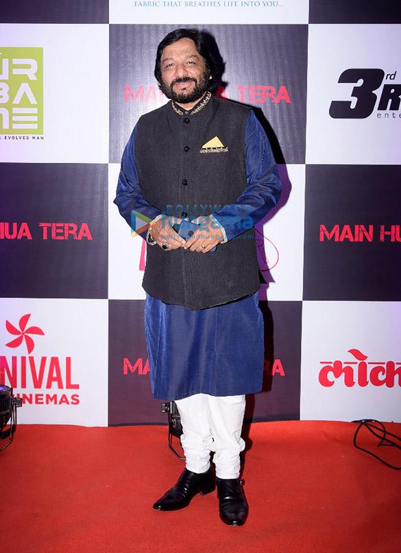 Amitabh Bachchan unveils Avitesh Shrivastava's single 'Main Hua Tera' (8)