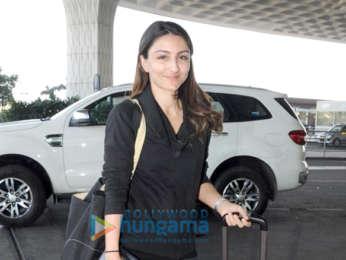 Ayushmann Khurrana, Raveena Tandon and others snapped at the airport