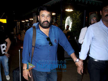 Boney Kapoor, Janhvi Kapoor, Kajol and others snapped at the airport