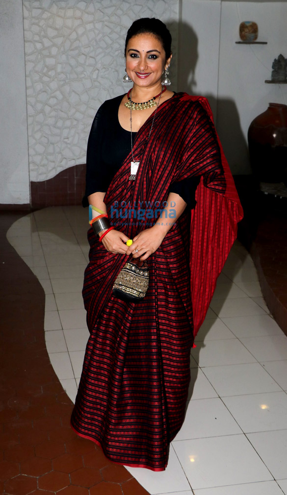 Celebs attend Shabana Azmi's Diwali bash (4)