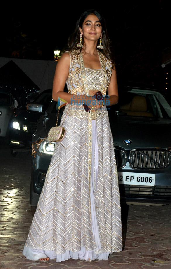 Celebs grace Shilpa Shetty's Diwali party-32