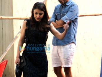 Kareena Kapoor Khan and Soha Ali Khan spotted at Mehboob Studio in Bandra