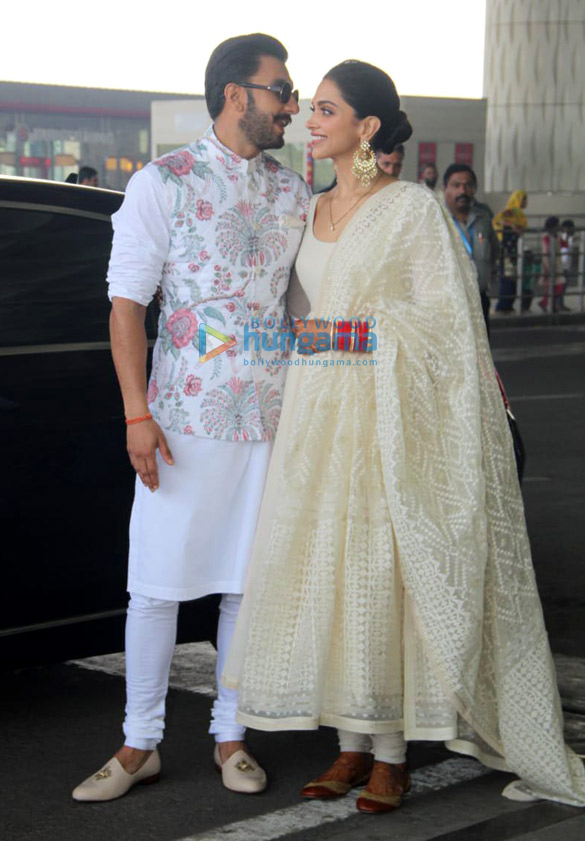 PHOTOS: Newlyweds Deepika Padukone and Ranveer Singh hold ...