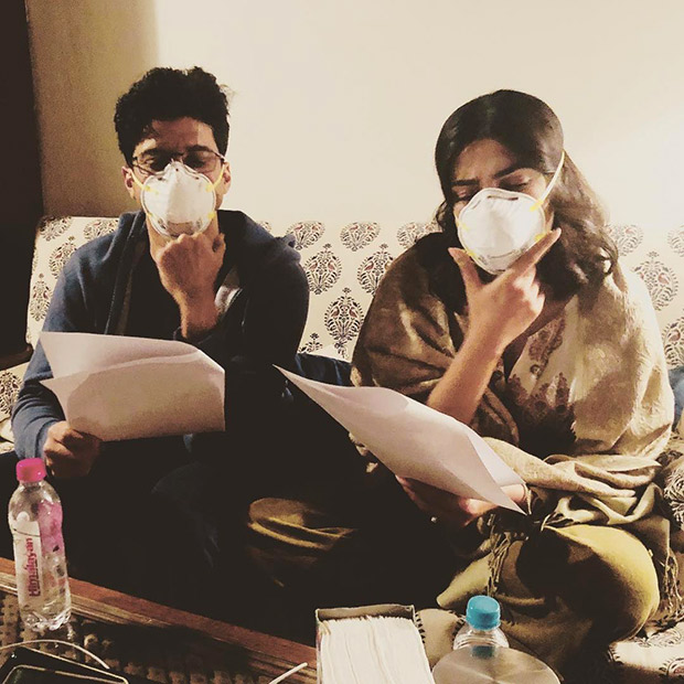 Priyanka Chopra and Farhan Akhtar continue shooting The Sky Is Pink while struggling with Delhi pollution