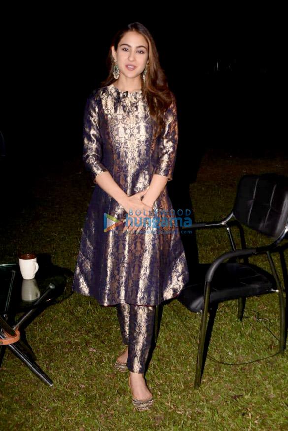 Sara Ali Khan snapped at Reliance Studio (5)