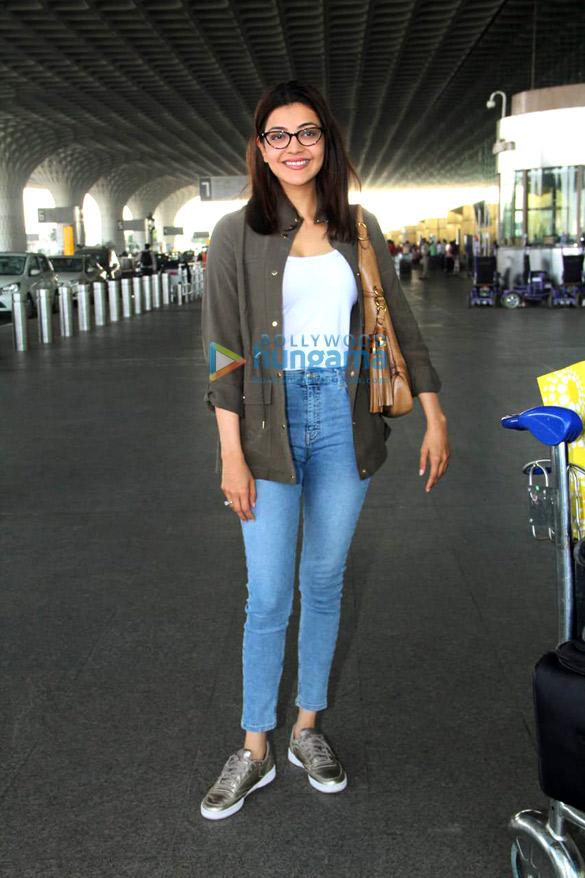 Shah Rukh Khan, Kareena Kapoor Khan, Amitabh Bachchan and others snapped at the airport (7)