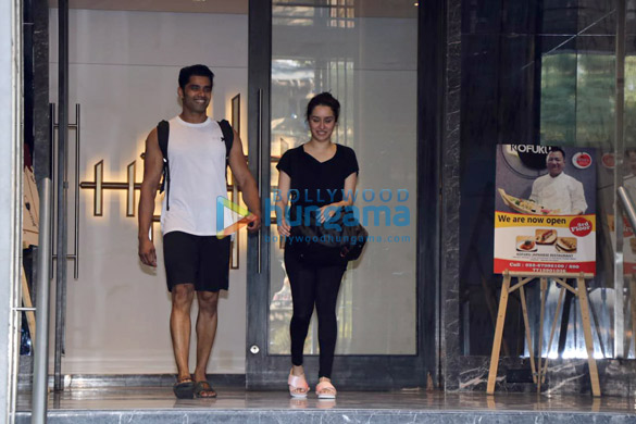 Shraddha Kapoor spotted at the gym in Juhu (1)