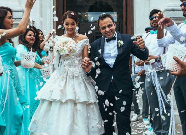Surveen Chawla announces her PREGNANCY in the cutest way!