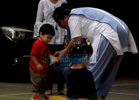 Taimur Ali Khan spotted in play school (2)