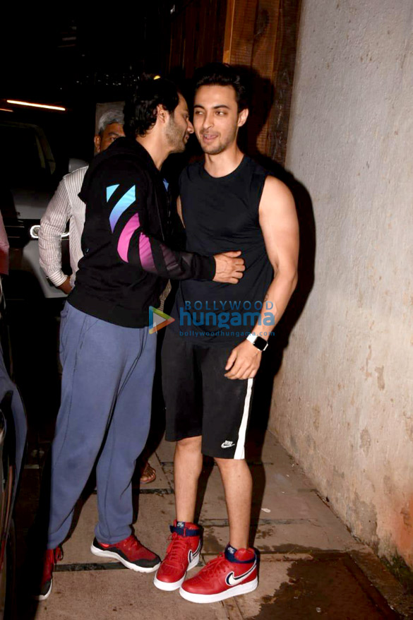 Varun Dhawan and Aayush Sharma snapped in Mumbai (2)