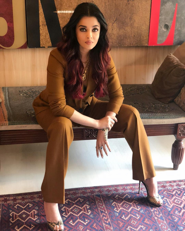 Aishwarya Rai Bachchan in Massimo Dutti suit for an interview (3)