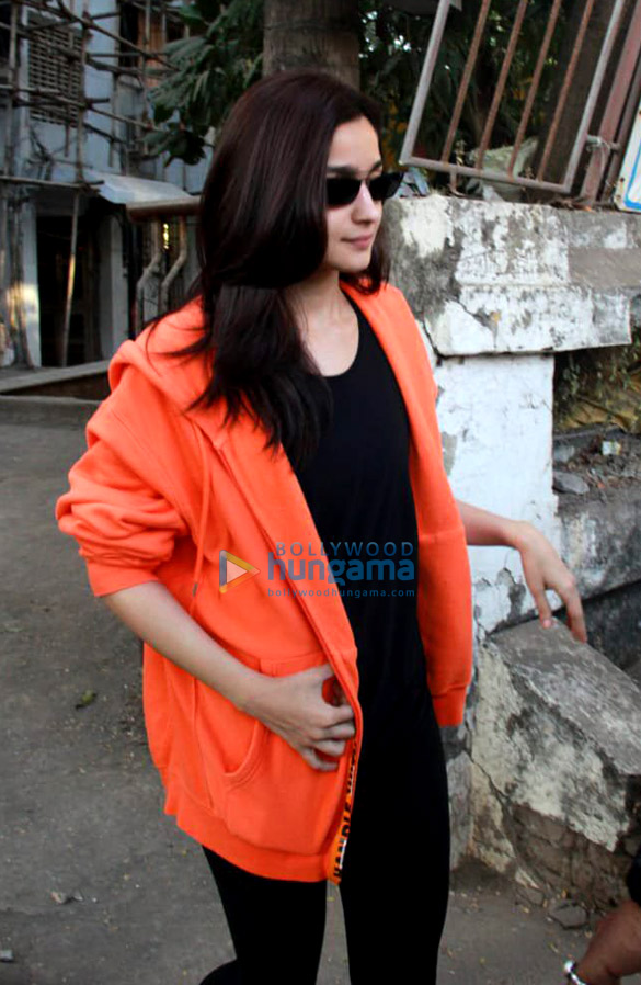 Alia Bhatt, Ameesha Patel and others snapped at Kromakay in Juhu