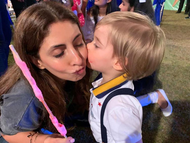 CANDY CRUSH! Shweta Bachchan gets KISSY from little Yash Johar in this adorable pic