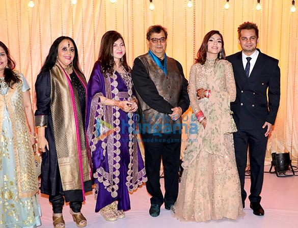 Celebs grace Alka Yagnik's daughter Syesha Kapoor's wedding reception (1)