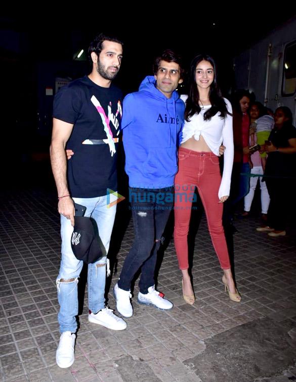 Janhvi Kapoor, Sara Ali Khan and others grace the special screening of 'Kedarnath' (21)
