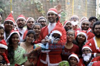 Kunal Kapoor snapped at Ketto's Santa charity run event