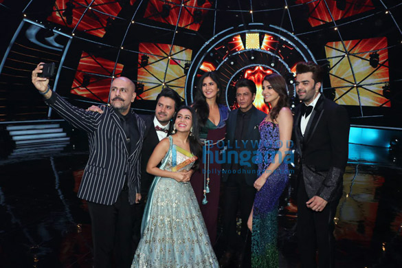 Shah Rukh Khan, Katrina Kaif and Anushka Sharma snapped on Indian Idol sets for Zero promotions1 (9)
