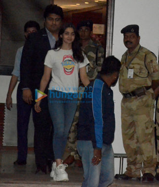 Alia Bhatt, Anil Kapoor, Danny Denzongpa and others snapped at the airport