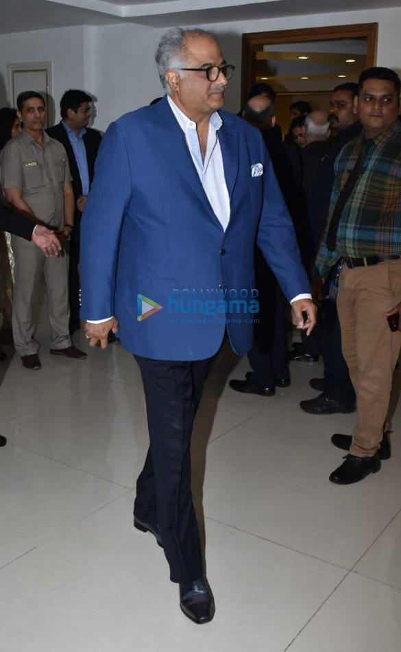 Amitabh Bachchan, Boney Kapoor and others snapped at Kokilaben Ambani Hospital for an event (4)