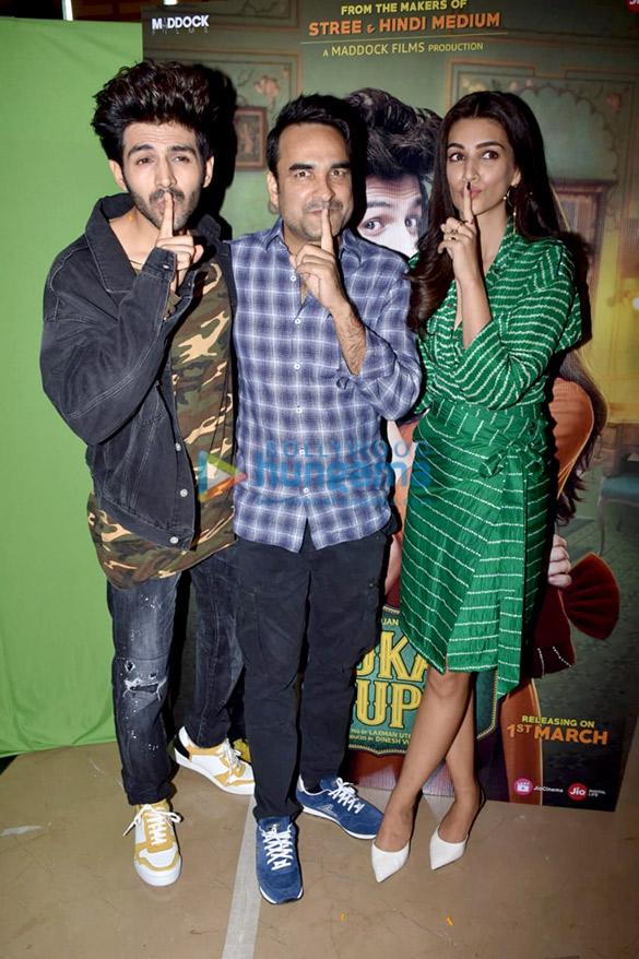 Kartik Aaryan, Kriti Sanon, Pankaj Tripathi and others grace the trailer launch of 'Luka Chuppi' (1)