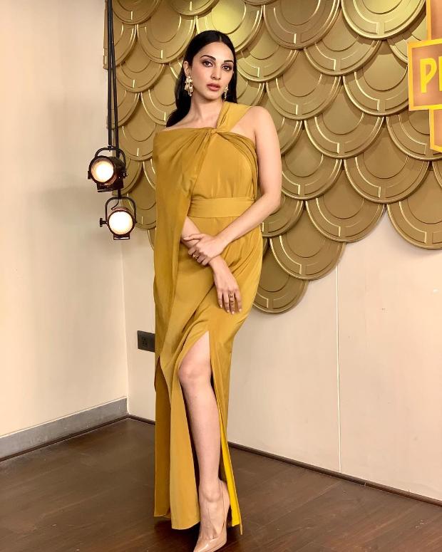 Lola by Suman dress for Vinaya Vidheya Rama promotions on No.1 Yaari talk show (2)