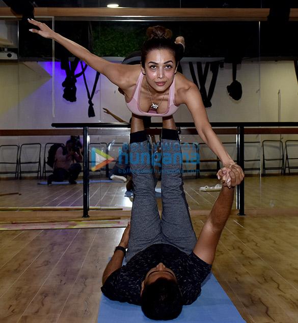 Malaika Arora snapped at a yoga class (3)