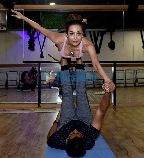 Malaika Arora snapped at a yoga class (5)