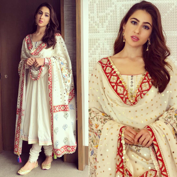 Sara Ali Khan in Sukriti and Aakrit for an event in Singapore (4)