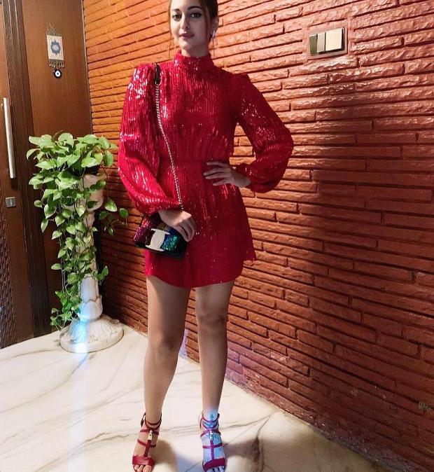 Sonakshi Sinha in Rixo for Punit Malhotra's birthday bash (4)