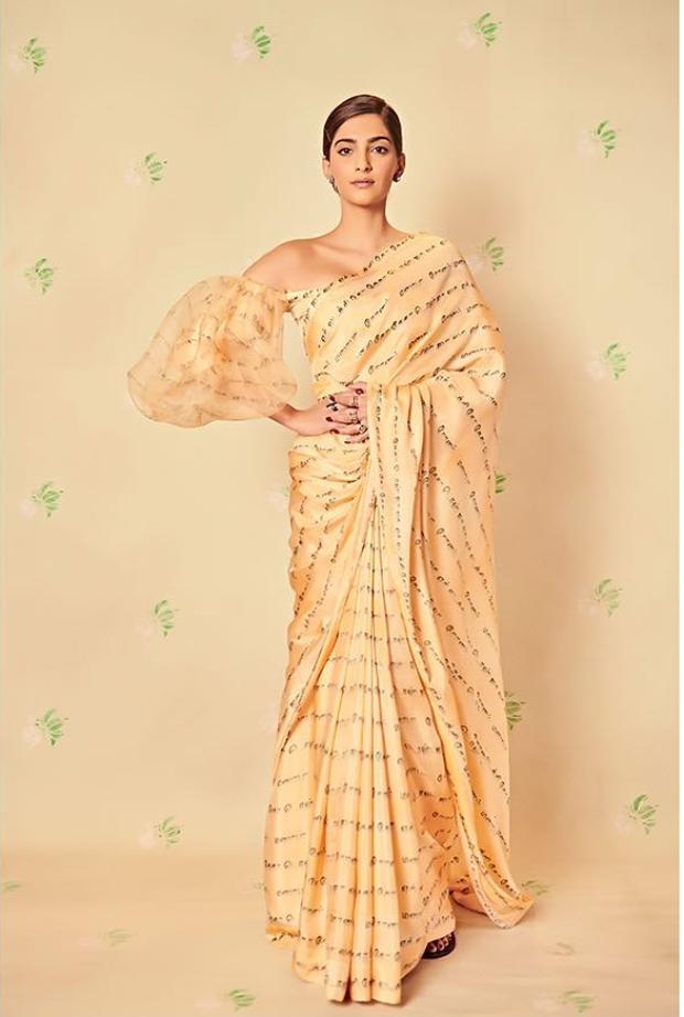 Sonam Kapoor Ahuja in Masaba Gupta for Ek Ladki Ko Dekha To Aisa Laga promotions (1)