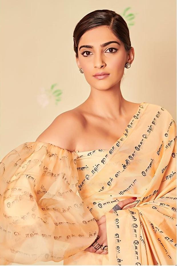 Sonam Kapoor Ahuja in Masaba Gupta for Ek Ladki Ko Dekha To Aisa Laga promotions (4)