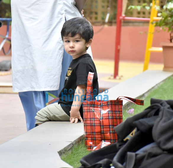 Taimur Ali Khan spotted at his play School in Bandra (3)