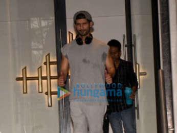 Varun Dhawan and Shahid Kapoor snapped at the gym in Juhu