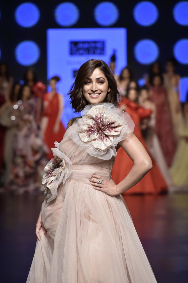 Yami Gautam for Gauri and Nainika at LFW 2019 Summer Resort (3)