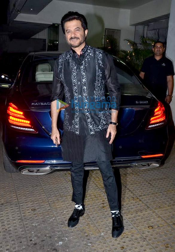 Anil Kapoor, Juhi Chawla and Sukhwinder Singh grace Vidhu Vinod Chopra's house party (1)