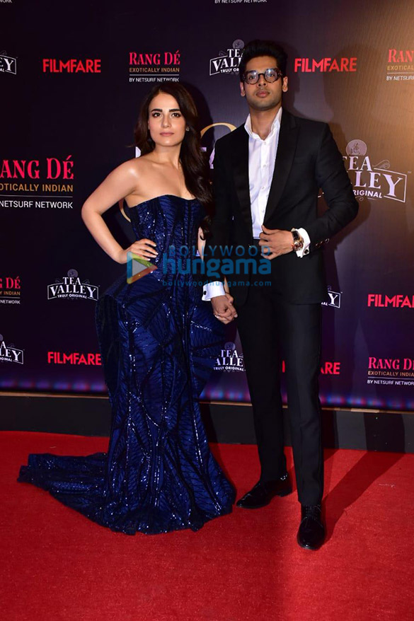 Celebs grace Filmfare Glamour and Style Awards 2019 at JW Marriott in Juhu-002 (23)