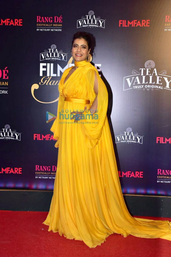 Celebs grace Filmfare Glamour and Style Awards 2019 at JW Marriott in Juhu45 (4)