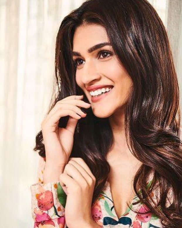 Kriti Sanon in Roopa for Luka Chuppi promotions (3)