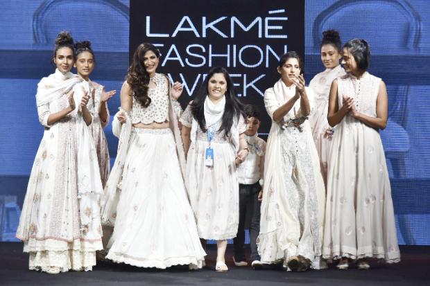 Kubra Sait and Ahana Kumra for Gazal Mishra at LFW Summer Resort 2019 (5)