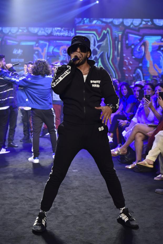 Ranveer Singh for Gully Gen (Love Gen x Gully Boy) at LFW 2019 Summer_Resort (1)
