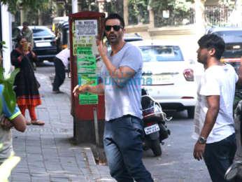 Arjun Rampal spotted at Bandra